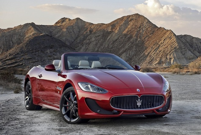 The powerful sexy 2012 maserati grancabrio sport italia for The most important thing in backing a motor vehicle is