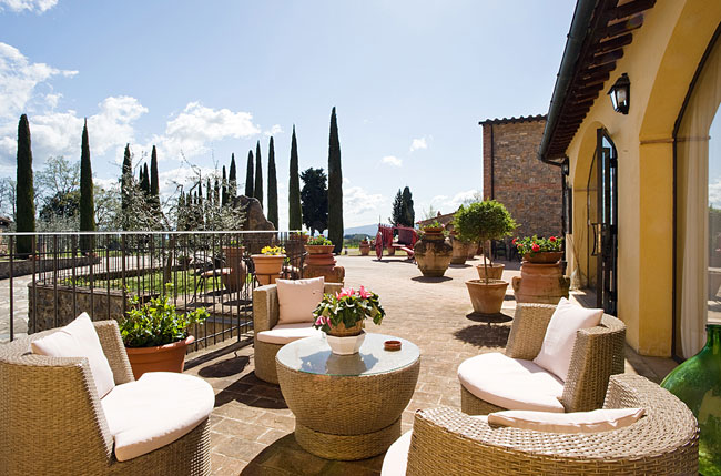 A San Gimignano Hotel Where You Can Live the Rural Tuscan Tradition in a Luxury Comfort