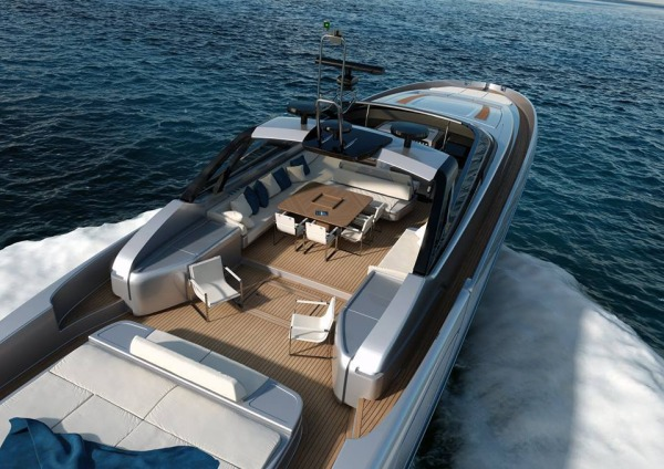 Turn Heads with the Convertible Riva 88′ Miami Yacht