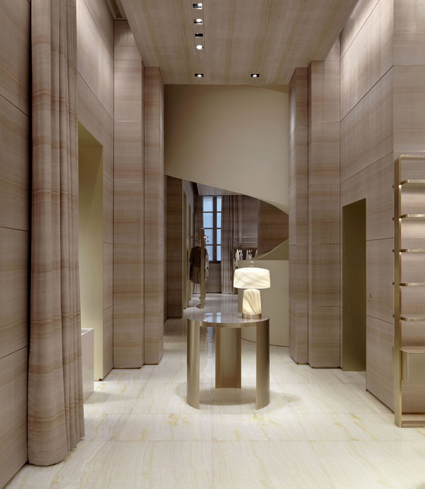 Giorgio armani redesigns flagship store in milan on via for Armadi outlet milano