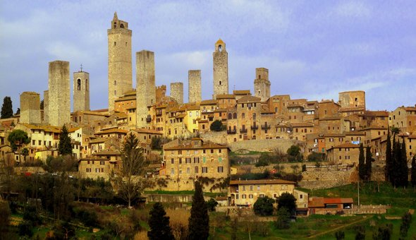 Discovering the Middle Age's Manhattan in Tuscany