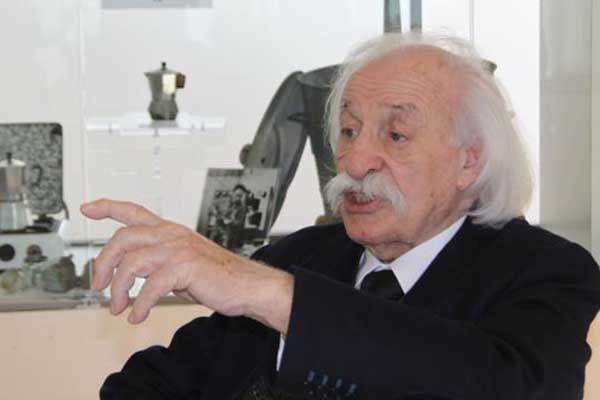 Coffee World Mourns Inventor of the Moka, Renato Bialetti
